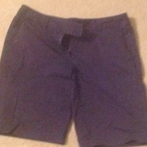 Vineyard Vines Bermuda shorts